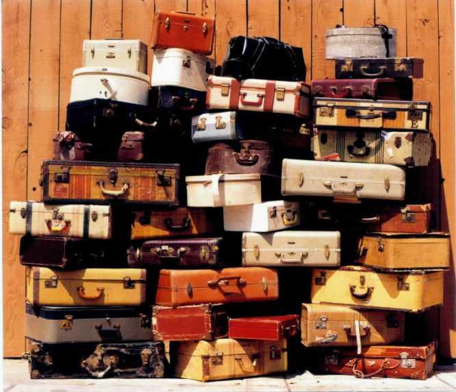 Suitcases. / Picture: www.sheilazellerinteriors.com
