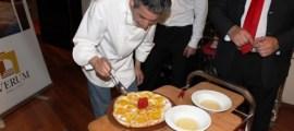 Pizza de naranja y aguardiente de uva Gewürztraminer de Verum