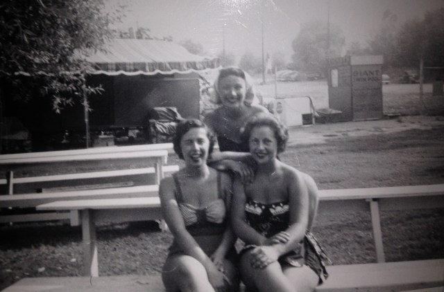 3 women in 1954 in bathingsuits