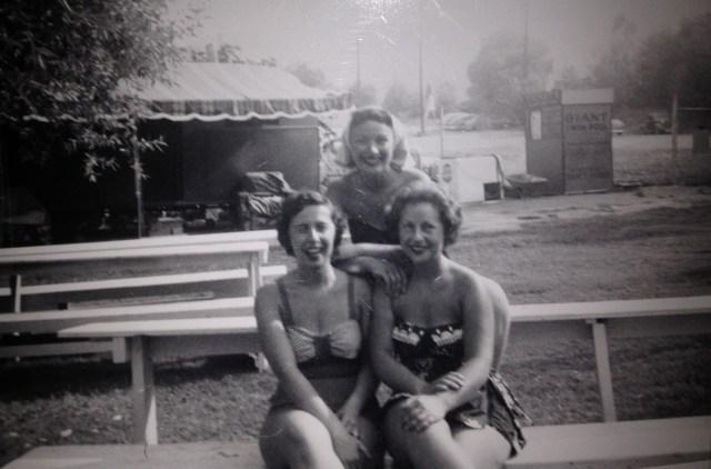 3 women in 1954 in bathingsuits