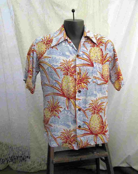 Vintage 1940s Rayon Hawaiian Shirt