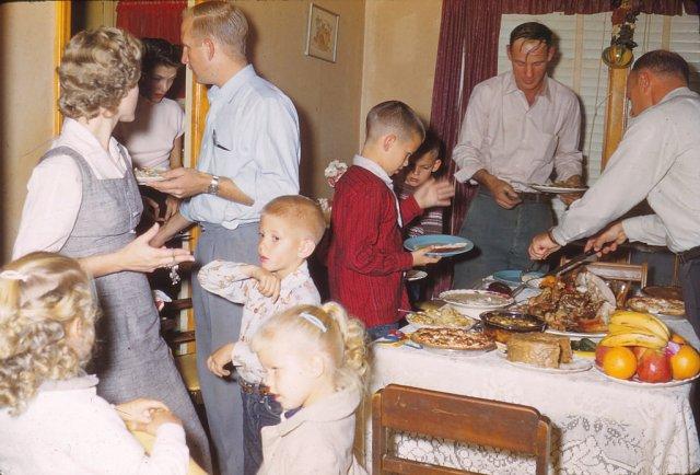 1958 Thanksgiving family gathering vintage image