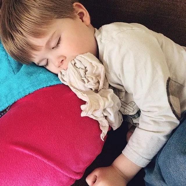 niños dormidos 10