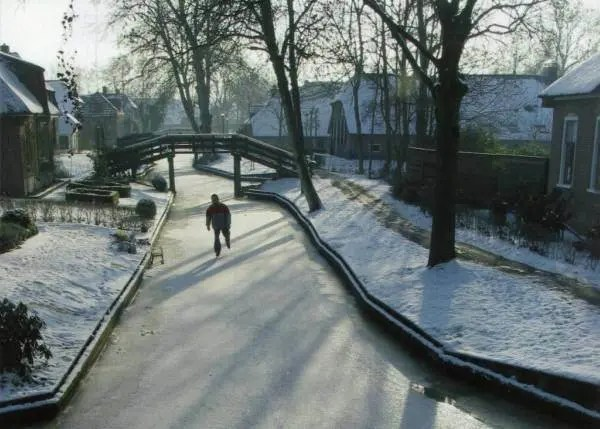 pueblo-holanda-calles-de-agua-11