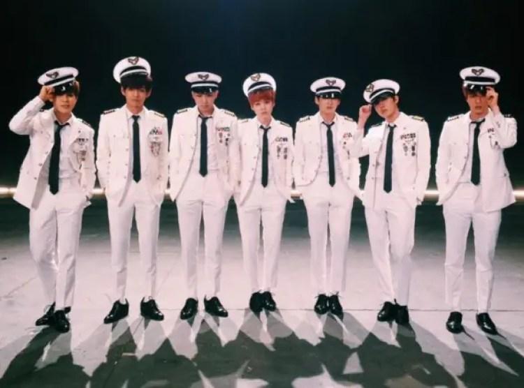 performance-baile-marineros2