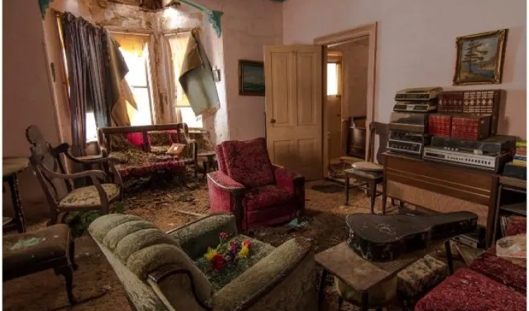 sorprendentes-imagenes-casa-abandonada-3