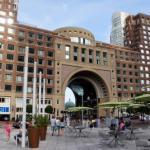 Wharf Harborwalk : Boston