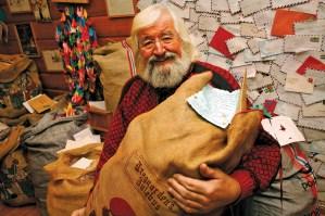 Julenissen i Drøbak mottar over 20 000 brev fra hele verden hvert år.