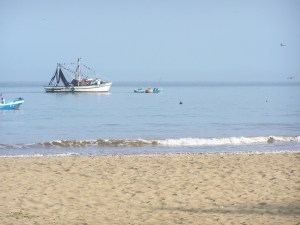 Fishermen in Puerto Lopez The Sun Route in the Coastal Region of Ecuador © Carmen Cristina Carpio Tobar