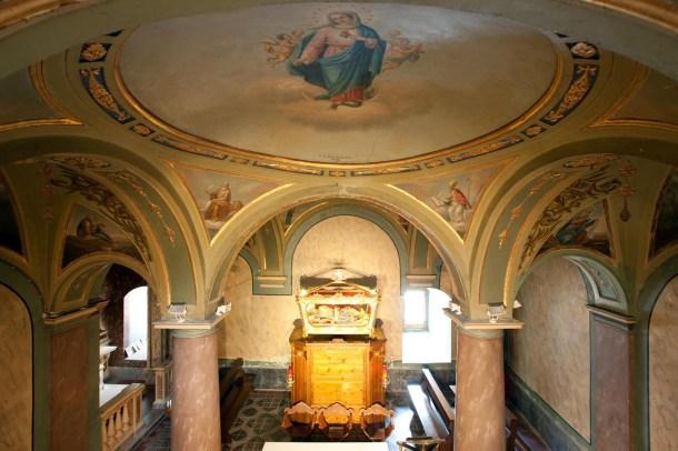 L'interno della Chiesa di San Lorenzo
