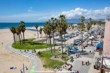 Venice Beach Fun.  © VenicePaparazzi.com