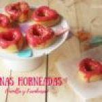 Donas Horneadas de Vainilla con Glaseado de Frambuesa: Receta para San Valentín