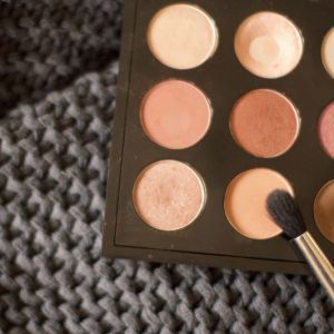 Why Every Warm-Toned Eyeshadow Lover Needs MAC Texture In Their Life