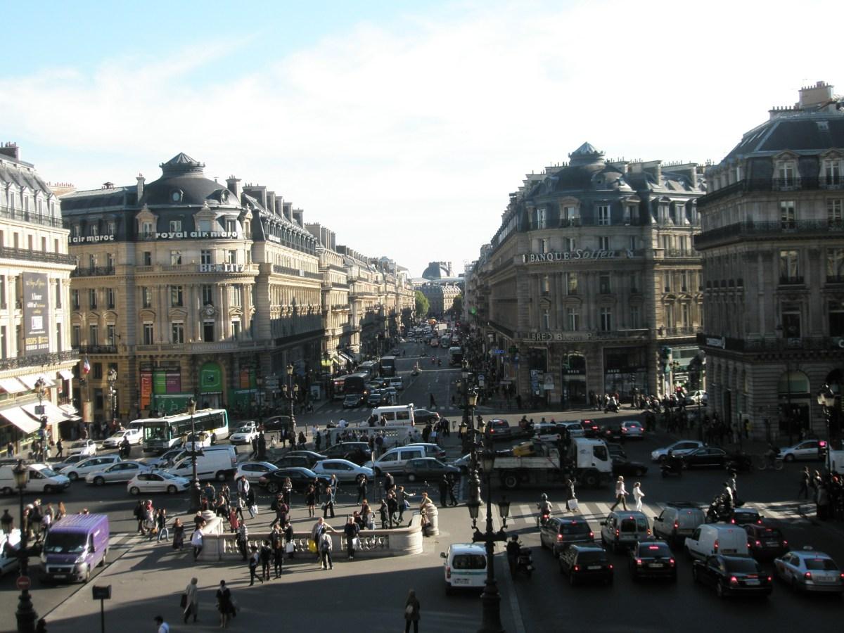El gobierno Macron anuncia la exoneración del impuesto municipal de vivienda para el 30% de los franceses