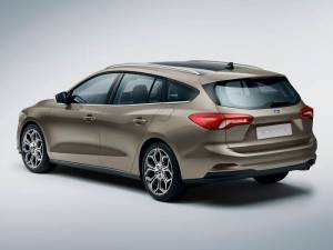 vnd_ford_focus_sw_2018
