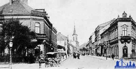 Die heutige Rathausstraße um 1900 mit Blick auf die alte St. Eligius Kirche