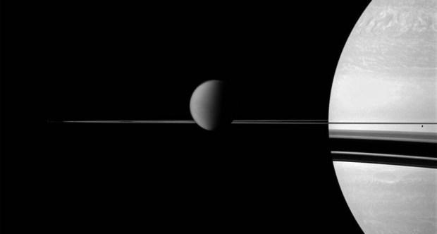 Saturno, Titan y Encelado