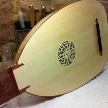 Lute Top Replacement: Finished Instrument