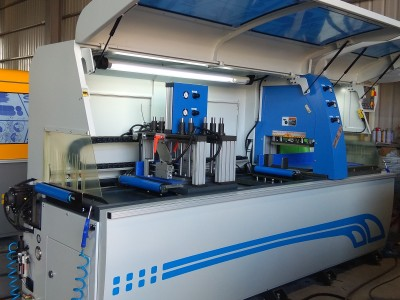 Fully Automatic Profile Saw Machine