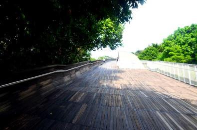 Henderson Waves, un pont unique en son genre.