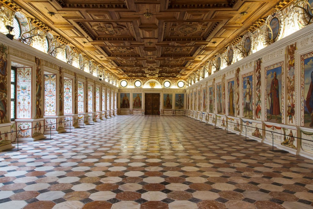 Schloss-Ambras-spanish-hall-1