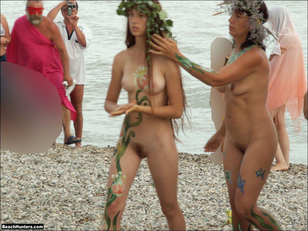 naked voyeur