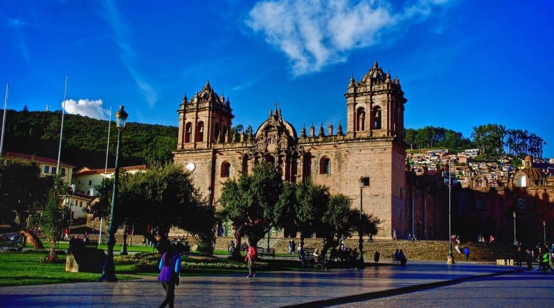 plaza-armas-cusco-800x445