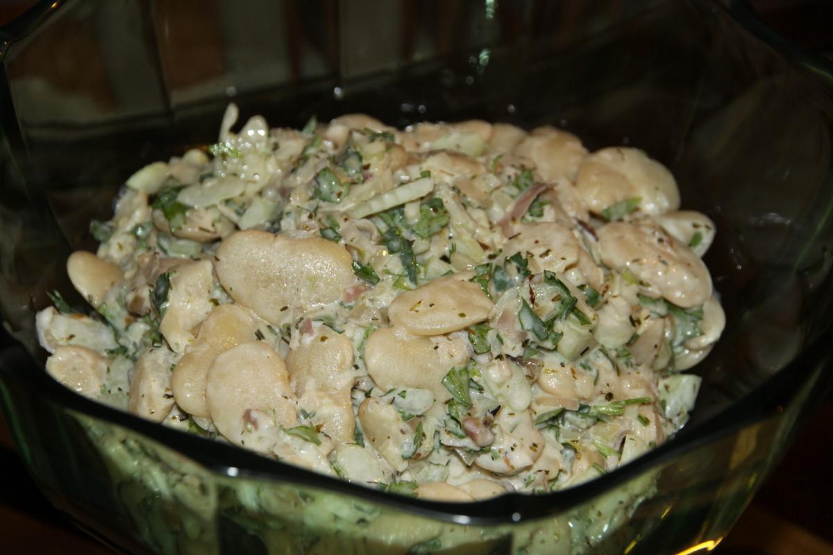 Салат простые из белой фасоли рецепт