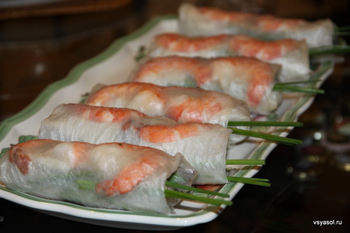 378Вьетнамские блинчики из рисовой бумаги