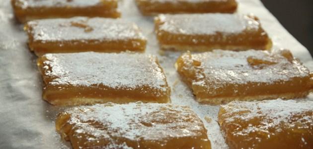 Лимонные пирожные с оливковым маслом и морской солью
