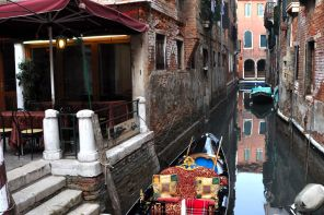 A Venetian gondola in winter, waiting for passengers!