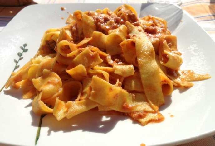 Delicious fresh pasta dish: Pappardelle al ragu