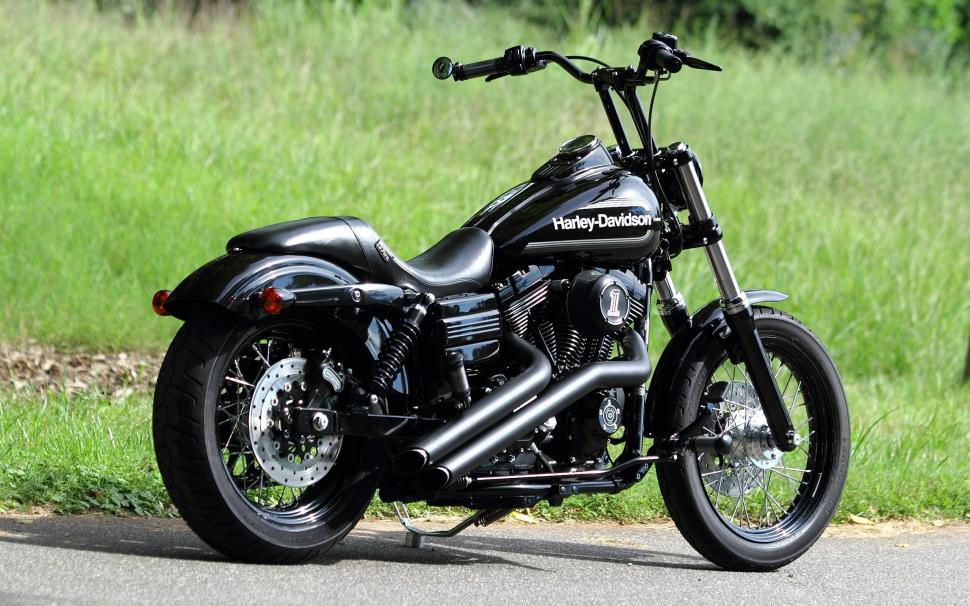 Harley-Davidson Chopper Black Motorcycle Wallpaper