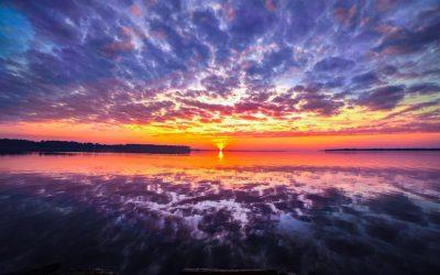 Clouds Reflection 4K 5K Wallpaper | HD Wallpaper Background