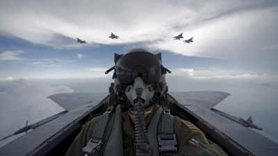 Aircraft army military pilot self shot wallpaper | 2560x1440 | 19075 | WallpaperUP