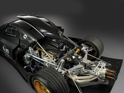 2010 Pagani Zonda R supercar supercars engine engines wallpaper | 2048x1536 | 96726 | WallpaperUP
