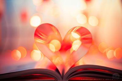 Mood love hearts bokeh book wallpaper | 1900x1266 | 608506 | WallpaperUP