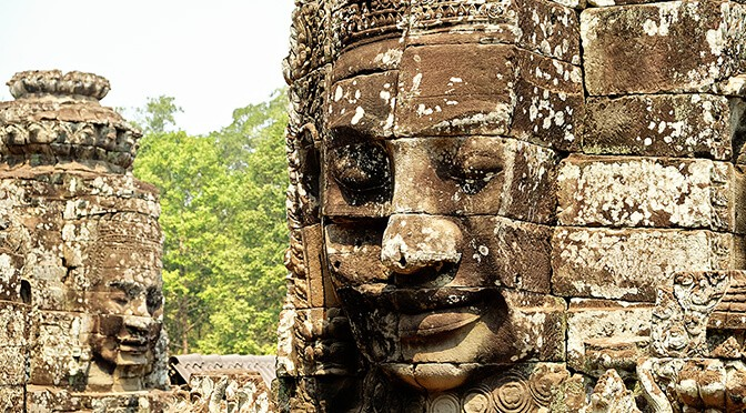 20 Fascinating Bayon Temple Pictures & a Bayon Temple, Siem Reap Video!