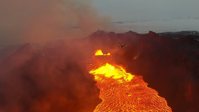 DJI Stories: Live Broadcast From a Volcano