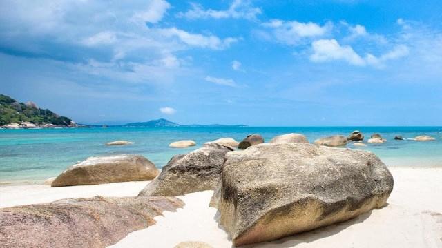 Crystal Bay Yacht Club Live Stream From Lamai, Koh Samui, Thailand | Live HD Webcam | SamuiWebcam