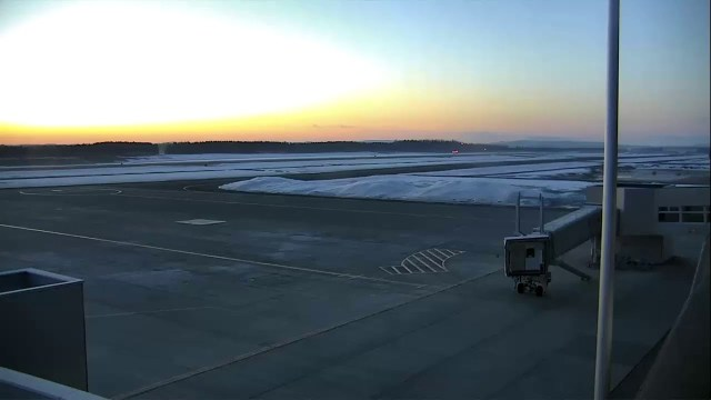 とかち帯広空港ライブカメラ Live Camera in The Tokachi-Obihiro Airport, Hokkaido in Japan