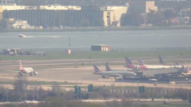 Live Webcam 4 – Reagan National Airport – Washington D.C. – Runway 1 Approach