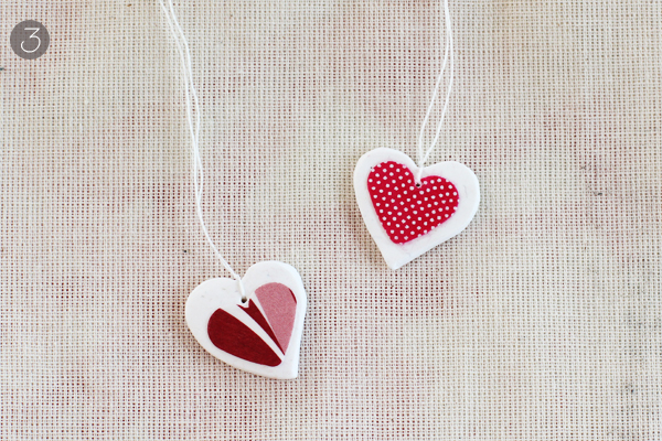 Decoupage heart necklace by Warm hot chocolate