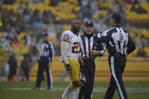 JM248021351516812 image 1024w DeAngelo Hall Will be Fined, Not Suspended for Outburst on Official