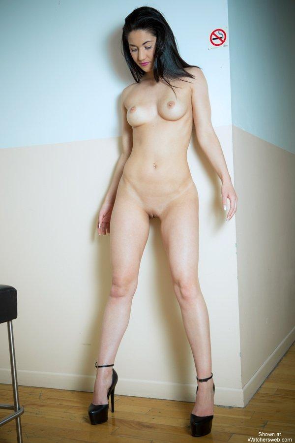 amateur andrea nude