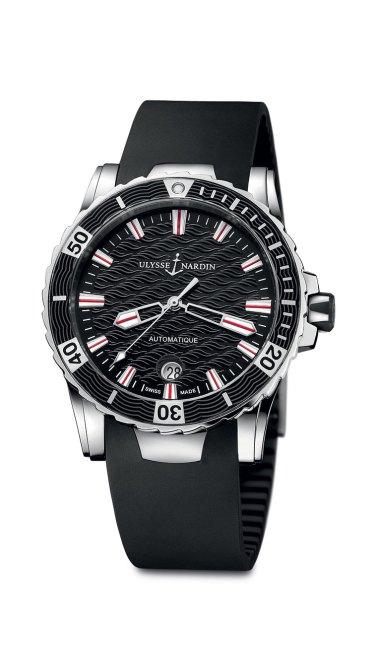 Ulysse-Nardin-Marine-Diver_06