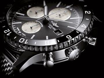 Breitling Chronoliner chronographe metal lunette