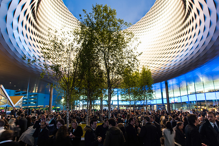 Baselworld_2016-Watch-World-Guide-ambiance-2