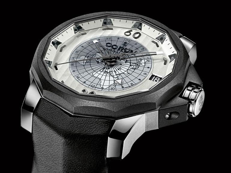 Corum montre vue top