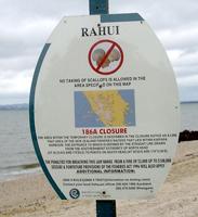 beach-signage-kaipara